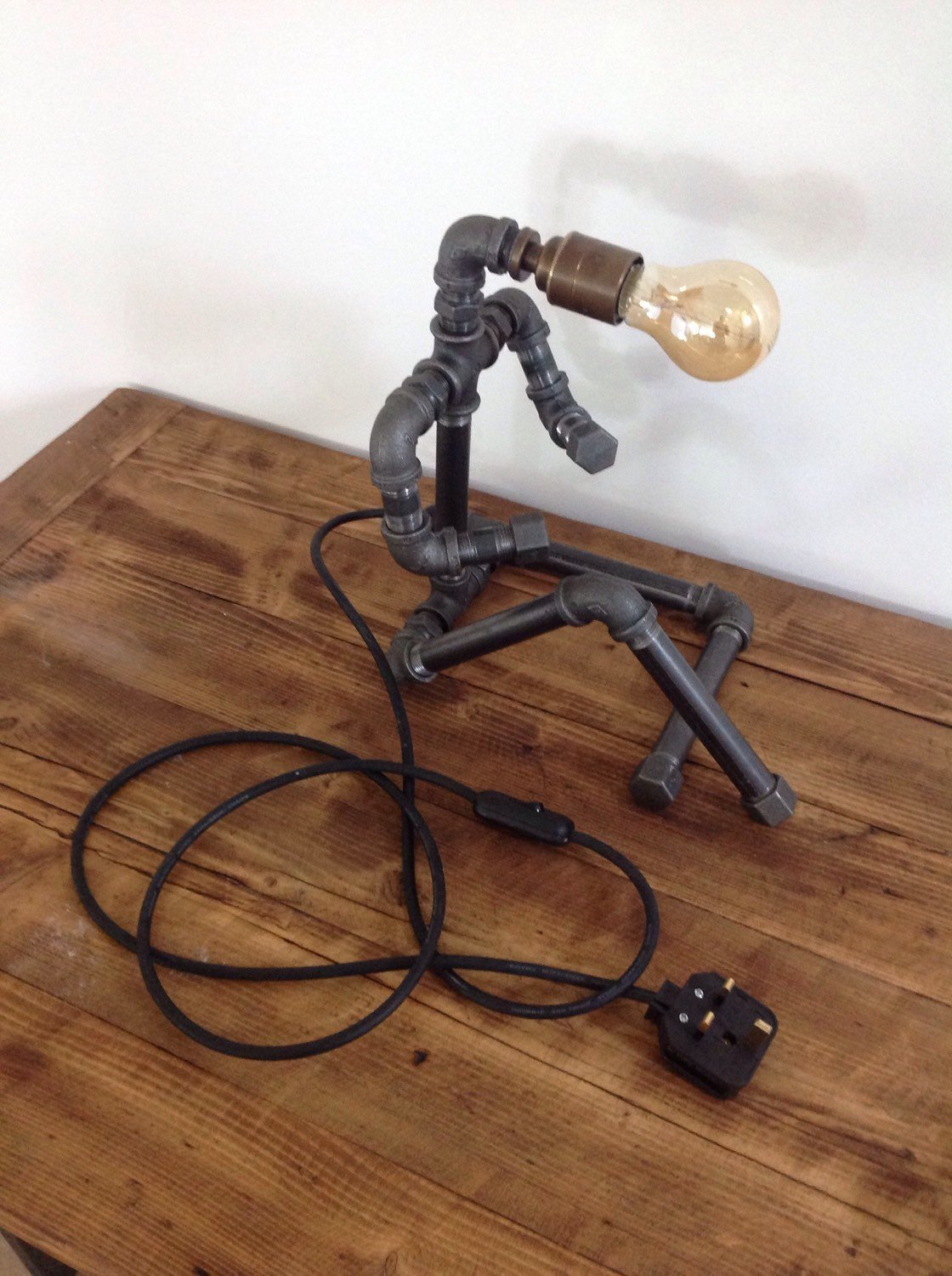Industrial chic table lamp