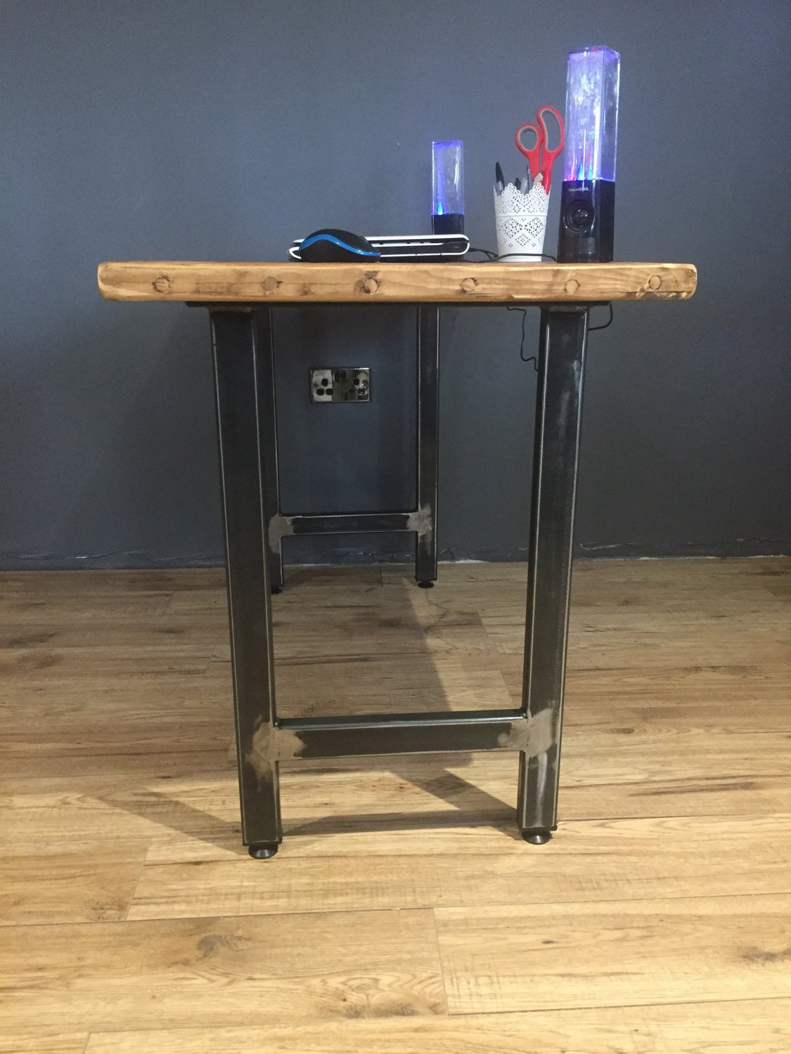 PC table/Dressing table