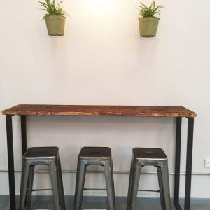 Cafe/breakfast bar table