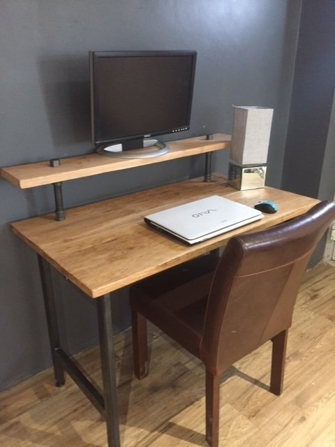 Solid Oak PC Table with Shelf